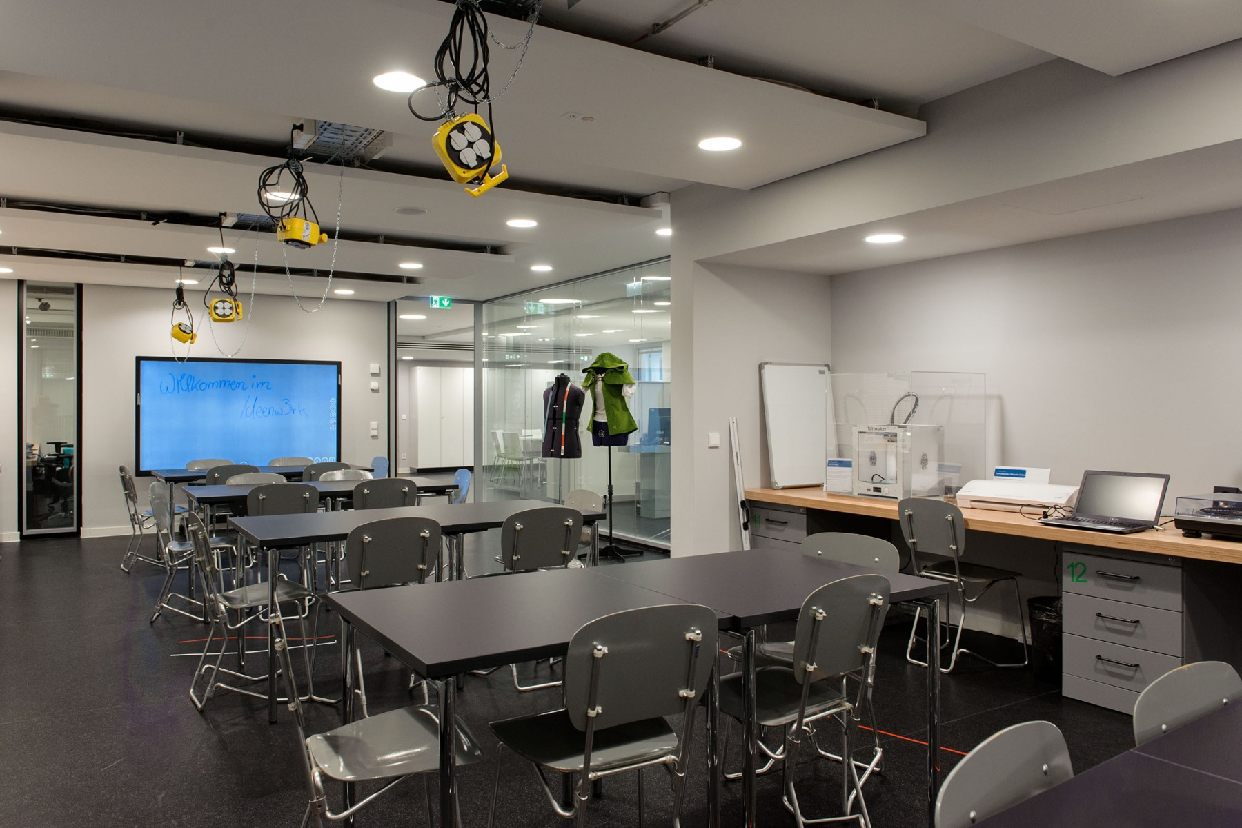 Makerspace-Raum in der Bibliothek